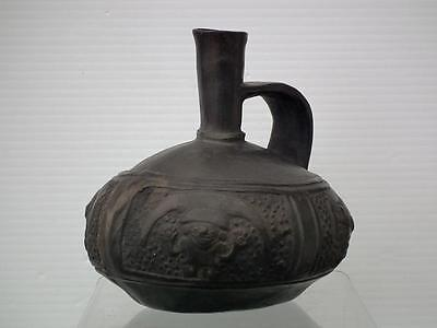 Antique Pre-Columbian Chimu Pottery Vessel ca. A.D. 1100 - 1532.