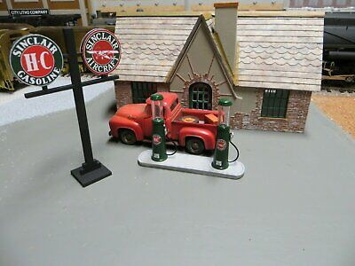 O Scale 20s Sinclair Gas Station Resin Kit w/ pumps for brass MTH Lionel layout