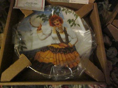 I Love Lucy Plate Queen The Gypsies Artist Jim Kritz  Hamilton With Paper Box