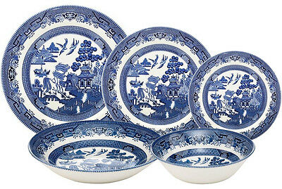 Churchill Blue Willow 30 Piece Dinner Set - New/unused