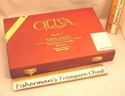 "Oliva Wood Cigar Box Serie V Melanio Robusto 9 1/4"" X 6 1/4"" X 1 1/2"""