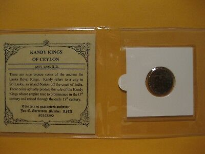 Kandy Kings Buddhist Bronze Coin Of Ceylon 1055 - 1295 AD old Indian copper coin