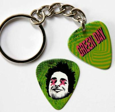 Green Day UNO Two Sided Guitar Pick Keyring plus Matching Plectrum