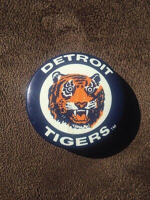 Detroit Tigers Antique Pin-back Button Pin Vintage MLB Americana Collectible!