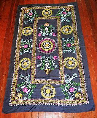 Large Old Uzbek Suzani Hand Made Embroidery Wall Hanging Bed Cover