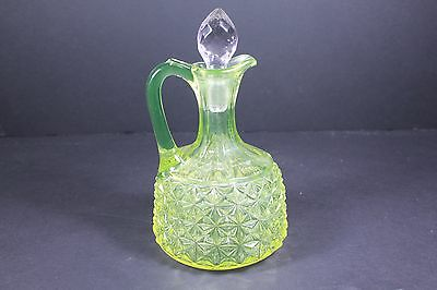 VINTAGE Anchor Hocking Green DEPRESSION GLASS Cruet with Crystal Stopper
