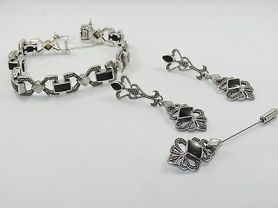 VINTAGE ART DECO STERLING w/ MARCASITE, ONYX & MOP BRACELET, EARRINGS & PIN SET