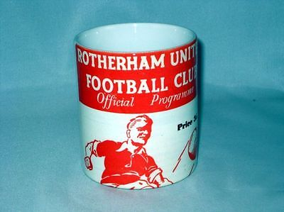 Rotherham United Football Programme Collectionneurs Grand Neuf MUG