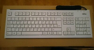 NEW! Fujitsu S26381-K511-L165  Kb400 Usb Keyboard (White) - Gb joblot