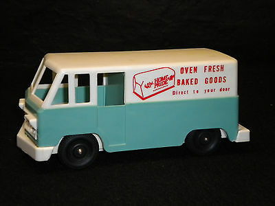 Vintage Como Plastics Home Pride Bakery Delivery Truck Coin Bank Promotional