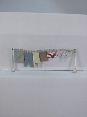 Arttista Clothesline w/clothes- #1478 - O Scale On30 On3 Figures People - New