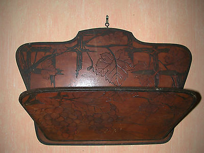 Porte courrier mural ancien en bois 1935/ Antique wall letter holder wood