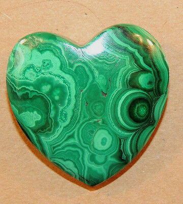 Malachite Heart 31x31mm with 9mm thick top drilled from Africa (9501)