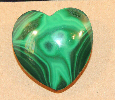 Malachite Heart 30x30mm with 10mm thick top drilled from Africa (9499)
