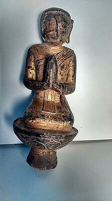 Old asian statue. Ancienne statue asiatique