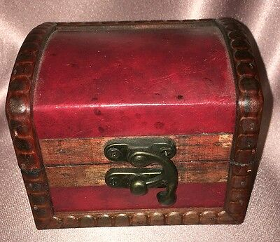 Vintage ~ Handmade Wood Leather Trinket Box Chest ~ Estate Collectable