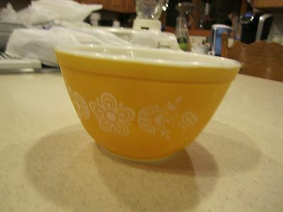 SMALL VINTAGE PYREX Mixing Bowl #401 Butterfly Gold Yellow/Orange ...