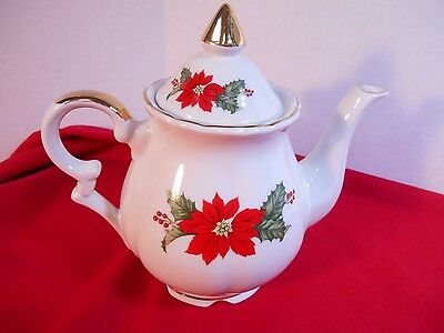 "1987 Lefton 7"" Holiday Teapot With Poinsettias & Holly Original Box"