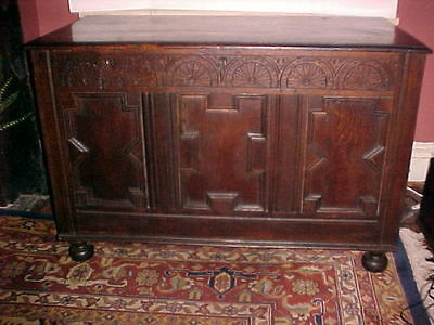 English Jacobean Period Oak Coffer  Chest C. 1625