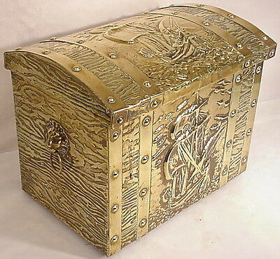 Copper English Coal Fire Place Box Lid Trunk Handle Hammered Brass Lion Head Art