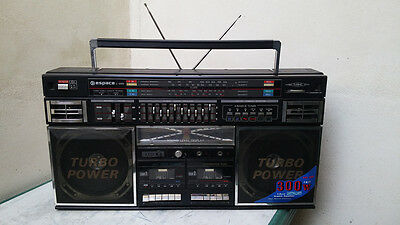GHETTOBLASTER BOOMBOX ESPACE L-999 (reviewing tape cassette)