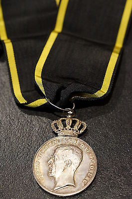 WW2 Swedish Royal Society Pro Patria Medal in silver for Dutiful Service Named