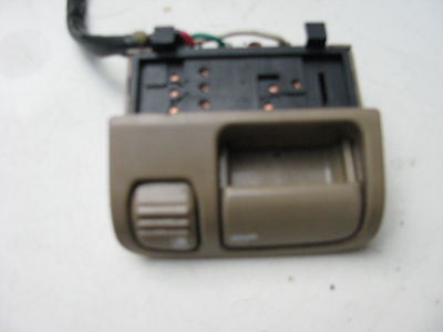 Sk# 1114 1994-1996 Q45 Oem Left Front,Lf,Trunk - Gas Pop Switch W-Housing