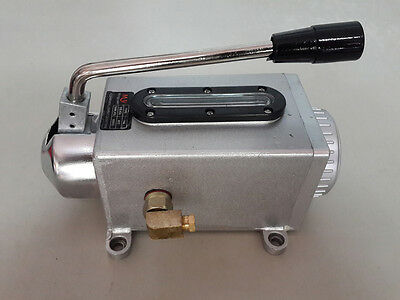 Y-8 Hand Lubrication Pump With Metal Base 6mm Outlet Bore