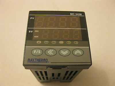 NEW   MAXTHERMO 48x48 PID temperature controller MC 5438 85-265vac OUTPUT SSR