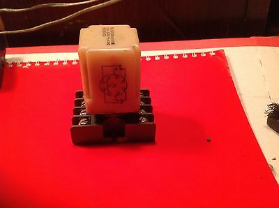 USED DPDT Plug-in Relay with Socket, 10A 125vac contacts & 120vac 50/60 Hz Coil