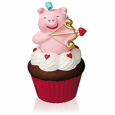 Little Cupiggy~#7 Keepsake Cupcakes~Valentine's Day~2015~Hallmark~MIB