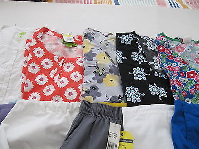 Womans Lot Of Scrub Sets, 5 Tops, 5 Pants, Very Nice Conition  Size Med(Box 281)