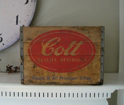 Cott Shipping Crate Hartford Connecticut 1950s Vintage Soda Advertising