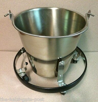 Vollrath 58130 Stainless Steel Tapered Pail 12 1/2-Quart with Brewers Cart. NSF
