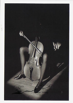 Kunstpostkarte - Jeanloup Sieff:  Paris 1985  /  Cello