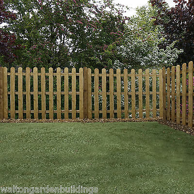 Pressure Treated Wooden Fence Panels • Round Top • Picket Fencing Panel 4ft 3ft