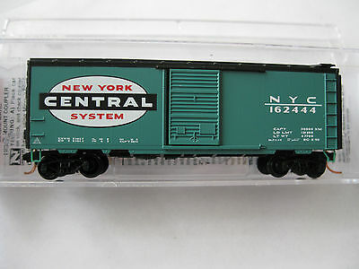 Micro-Trains #02000390 New York Central 40' Standard Boxcar Single Door N-Scale