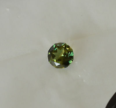 Sapphire 2.87 ct Green Parti Coloured Natural Earth Mined Certified