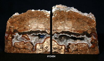 """Thunder Egg Geode 10"""" wide, x 5 1/4"""" tall, x1 5/8"""" thick, 6.2 pounds."""