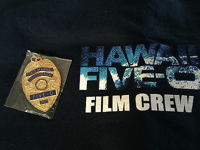 OOP! SEASON 4 HAWAII FIVE O MINI REPLICA BADGE PENDANT FOB~Alex O'Loughlin S 7