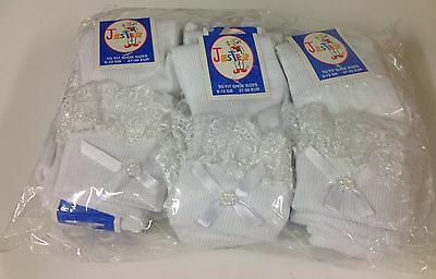 Wholesale Dozen frilly Lace Top Socks with Bow in White 12 pairs free UK Del.