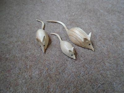 Hand Carved Wooden Wood Garden House Mouse MIce Statue Set Of 3 Natural