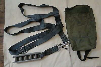 Military U.S.A. Personnel Cargo Parachute Harness 11-1-704 Carry Bag *