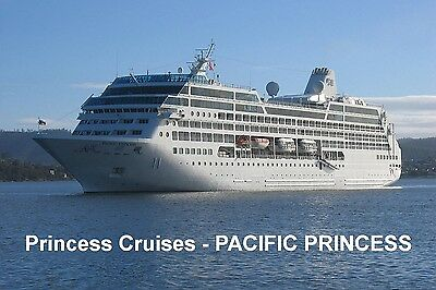 SOUVENIR FRIDGE MAGNET of CRUISE SHIP PACIFIC PRINCESS - PRINCESS CRUISES