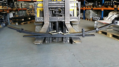 TOYOTA HILUX 4WD rear 3+2 leaf springs 2006 on with U bolts
