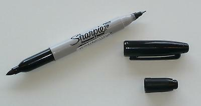 Sharpie Twin Tip Fine + Ultra Fine Permanent Marker. Black Ink.