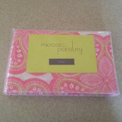 Land of Nod Mosaic Paisley Crib Skirt, REVERSIBLE Pink & White   NEW IN PACKAGE