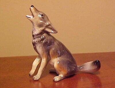 RETIRED Hagen-Renaker Mini #3016 COYOTE - Miniature Ceramic Figurine