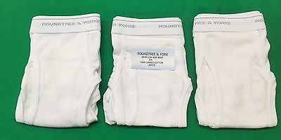 f8427f95251 Roundtree   York Mens Low Rise Briefs 3-Pack 100% Combed Cotton White