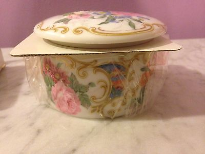 New Andrea by Sadek Covered Round Trinket Box w/Scent Candle Inside Amore hb11